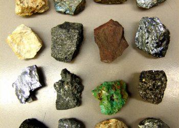 Эрдэнийн чулууны анагаах увдис