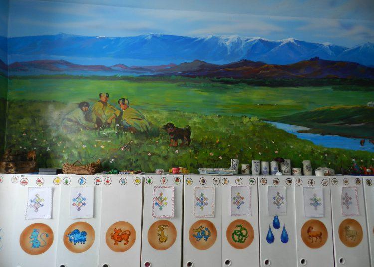 """DSCN2257-750x536 15-р цэцэрлэгт өв уламжлалаа шингээсэн """"Монгол өргөө"""" үүдээ нээлээ"""