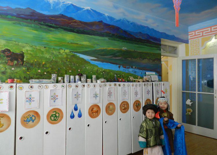 """DSCN2258-750x536 15-р цэцэрлэгт өв уламжлалаа шингээсэн """"Монгол өргөө"""" үүдээ нээлээ"""
